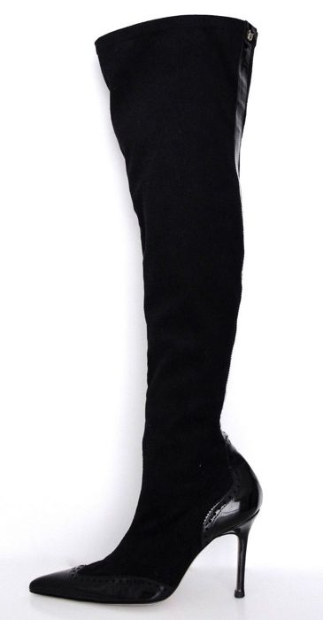 55e26f19ddca1 Versace Over-the-knee boots - Catawiki