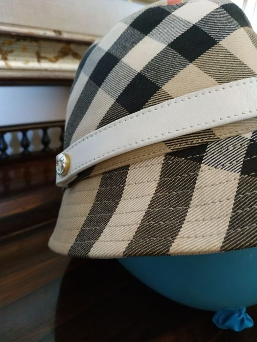 Burberry - pattern Check Cappello - Catawiki 656ca1ea9e7c
