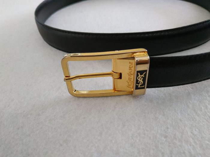 5c98f818b141 Yves Saint Laurent Belt - Catawiki