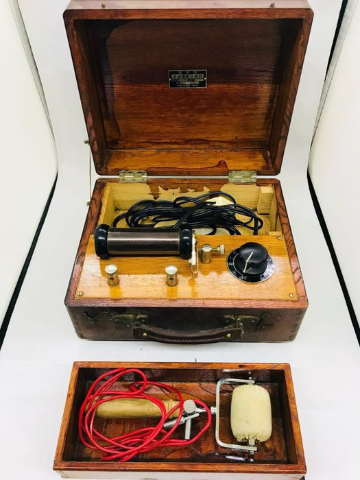 Bunka Tokyo - electric shock therapy machine - Leather, Steel, Wood