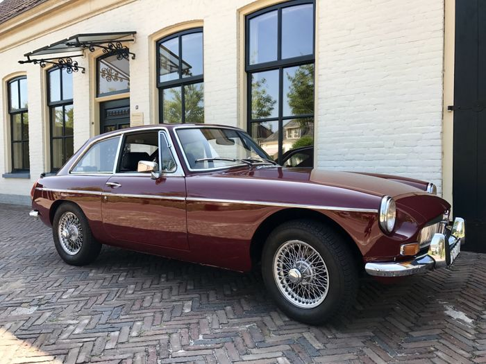 MG - B GT Coupe  - 1974