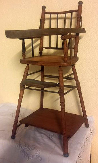 A puppet chair with double function - Wood - Catawiki