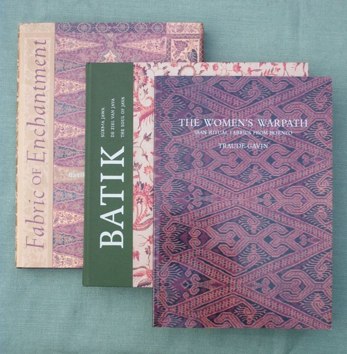 Various - Three books about Indonesian fabrics - 1996/1996 - Catawiki