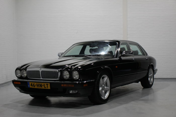 Jaguar - Daimler V12 Double Six  - 1995