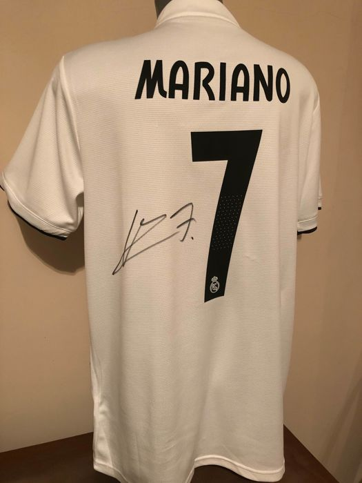 premium selection 3fa58 25cae Real Madrid - Champions Football League - Mariano Díaz ...