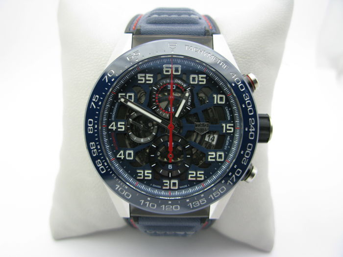 TAG Heuer - Carrera Red Bull Racing Spec. Ed.  - Ref. CAR2A1N.FT6100 - Heren - 2011-heden