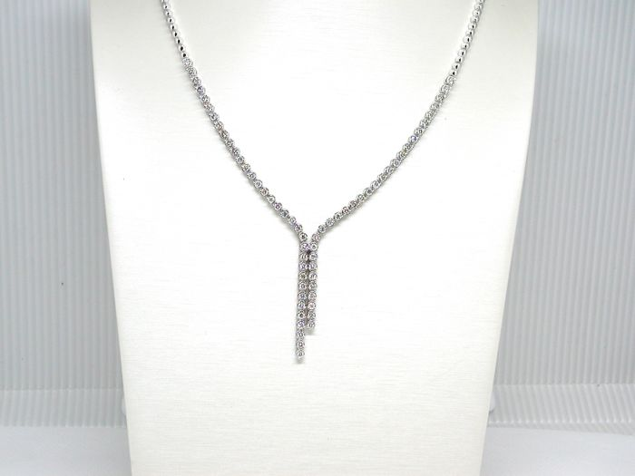 18 kt. White gold - Necklace - 7.00 ct Diamond