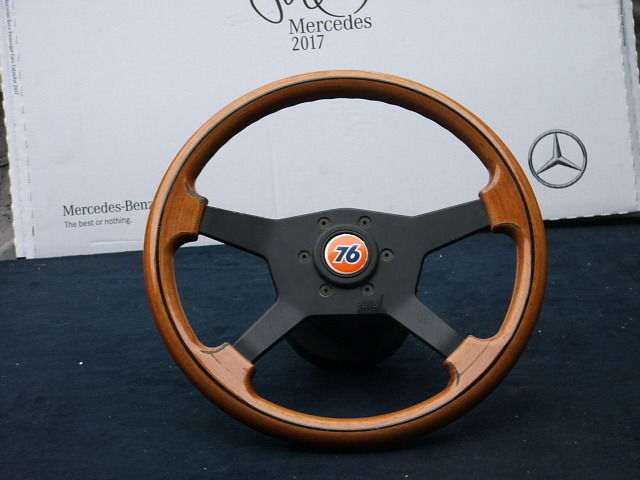 Parts - Raid wood steering wheel Mercedes w123 w124 w201 w116 - 1980-1990  (1 items) - Catawiki