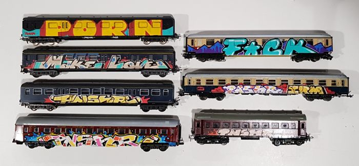 Punisher - Set of 7 train H0 scale carriages