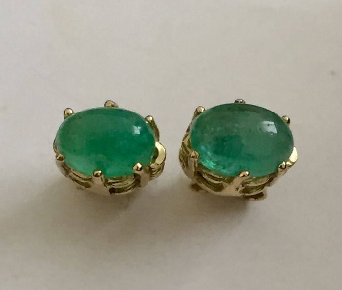 """18 kt. Gold - Earrings - 0.90 ct Natural emerald carving Cabochon """"intense green"""""""
