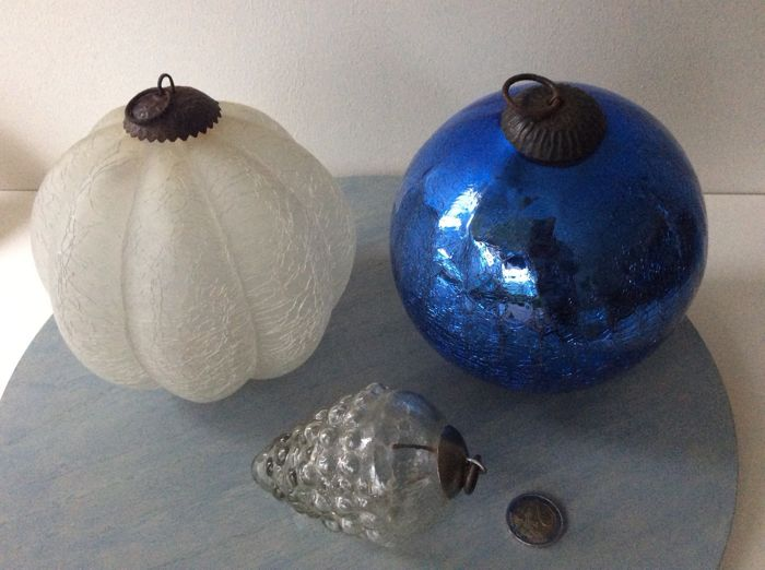 Old Witch/Christmas baubles-3-crackle - Glass