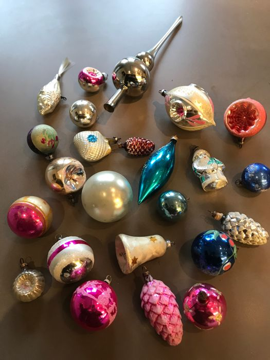 Antique Christmas balls - Complete collection of 24 - Glass