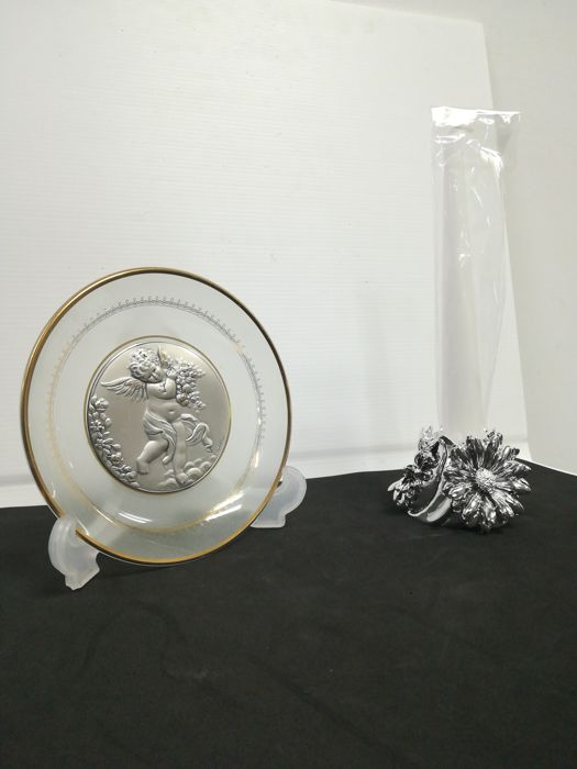 Bas-relief & Candlestick - Laminates (2) - .925 silver, Crystal / Wax - Castellani - Italy - '00