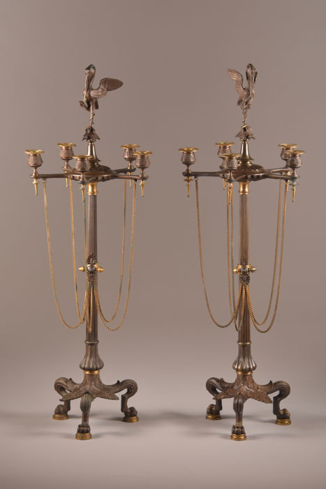Pair of large sized three-armed candlesticks - Napoleon III Style - Bronze (patinated) - End of the 19th century