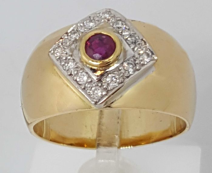 18 kt. Gold - Ring - 0.36 ct Diamond - Ruby