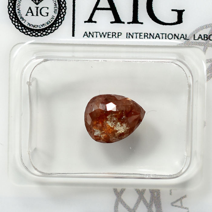 Diamante - 1.87 ct - Pera - Natural Reddish Brown - N/A - NO RESERVE PRICE