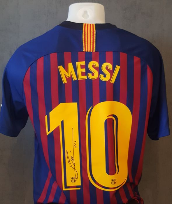 official photos cd626 faf3e FC Barcelona - Spanish Football League - Lionel Messi - Jersey - Catawiki