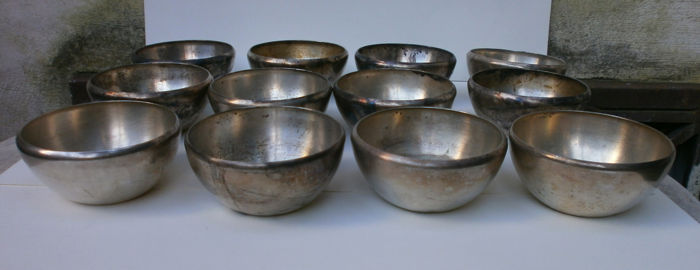 cups (12) - silver - Italy - 1900-1949