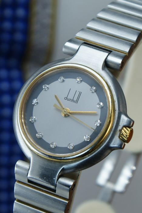 Alfred Dunhill - watch with 12 Diamonds  - Women - in perfect condition