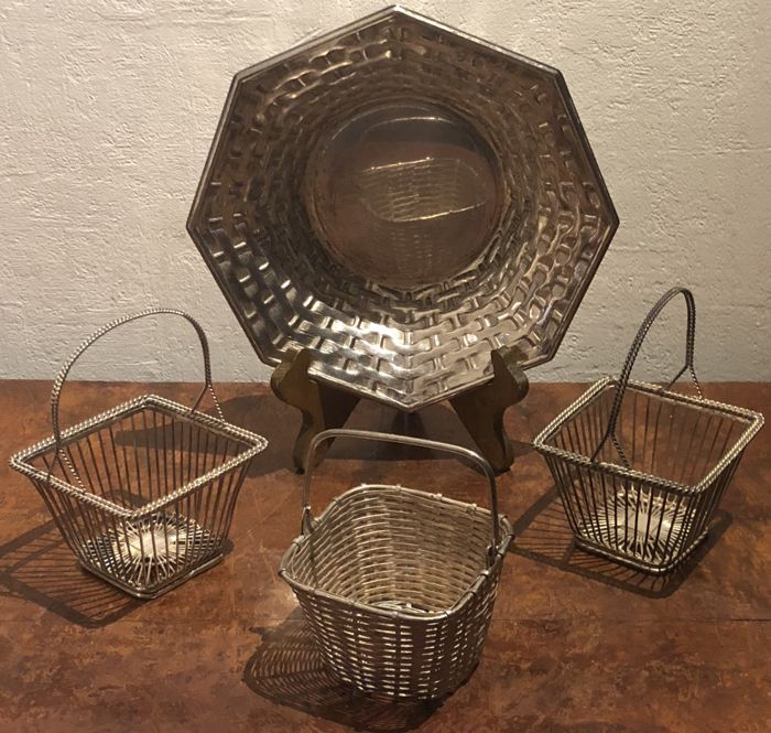 3 Woven Silver-plate candy basket  & silver plated - Silver plated - U.K. - 1950-1999