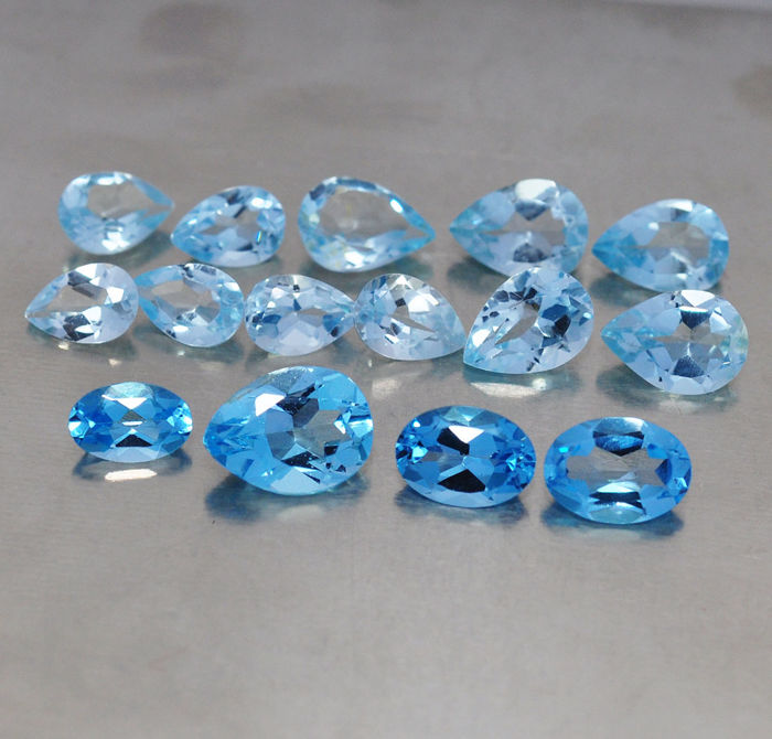 15 pcs Blue Topaz - 10.86 ct