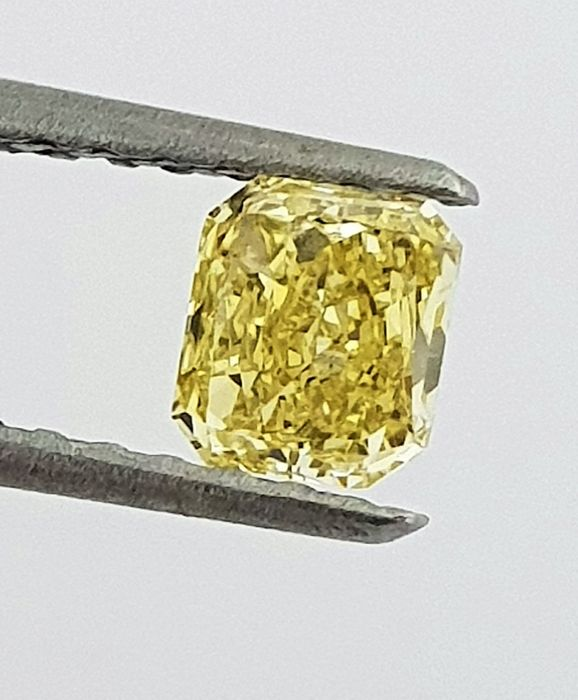 Diamante - 0.50 ct - Radiante - fancy yellow - GIA