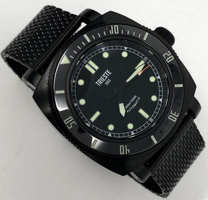 Trieste - Automatic Diver Deep Sea Black PVD + EXTRA Strap - Men - 2011-present