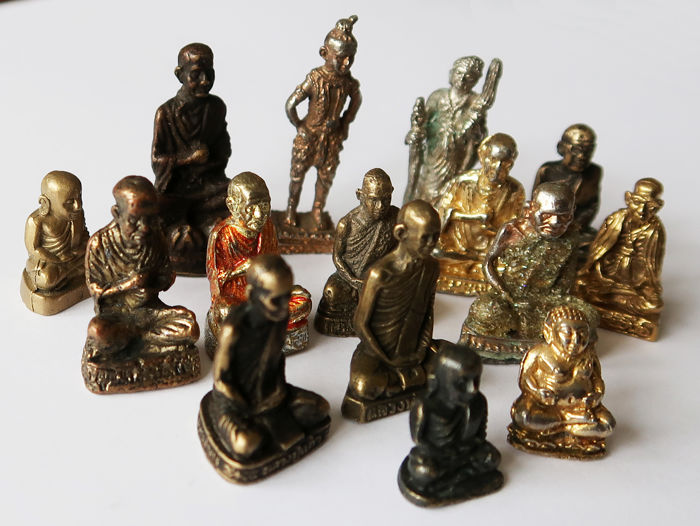 Collection of 15 figurines of famous monks - monasteries of Thailand
