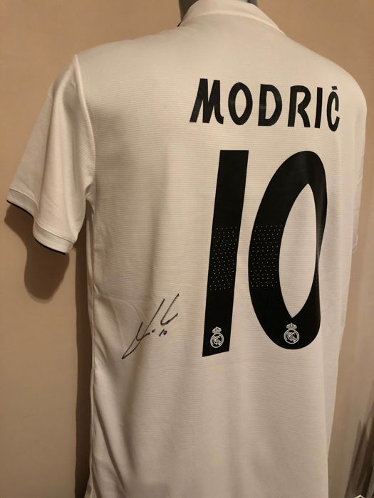 Real Madrid - Spaanse voetbal competitie - Luka Modrić  - 2018 - Jersey