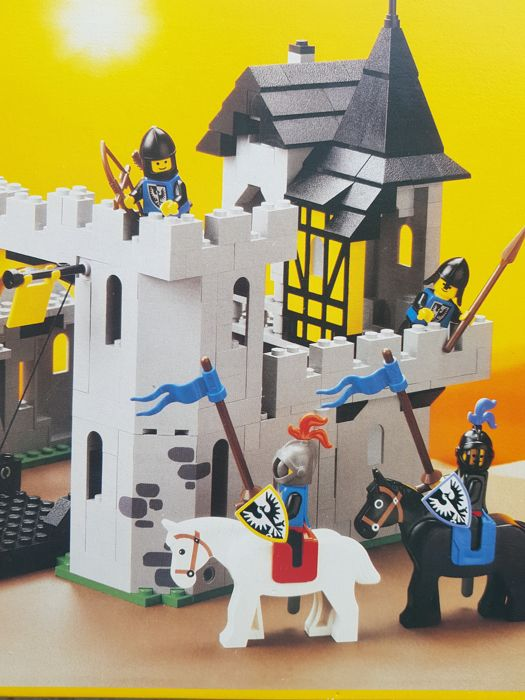 Lego System 10039 Castle Black Falcons Fortress Unknown