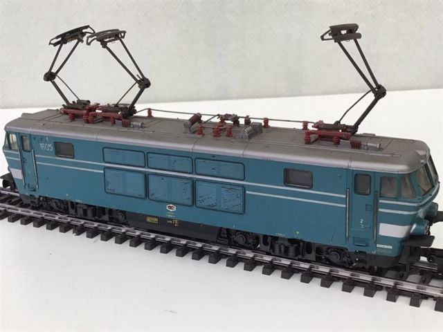 Märklin H0 - 3152 - Electric locomotive - Type 16 blue - NMBS