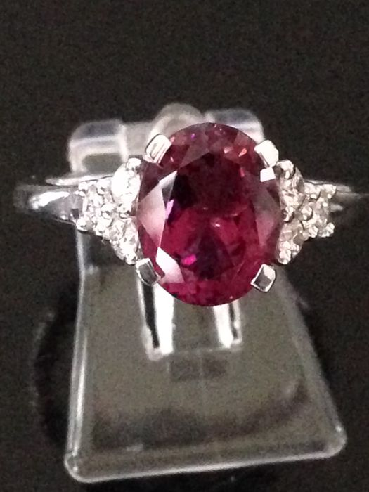 18 karaat tourmaline, Witgoud - Ring - 2.08 ct Toermalijn - Diamant