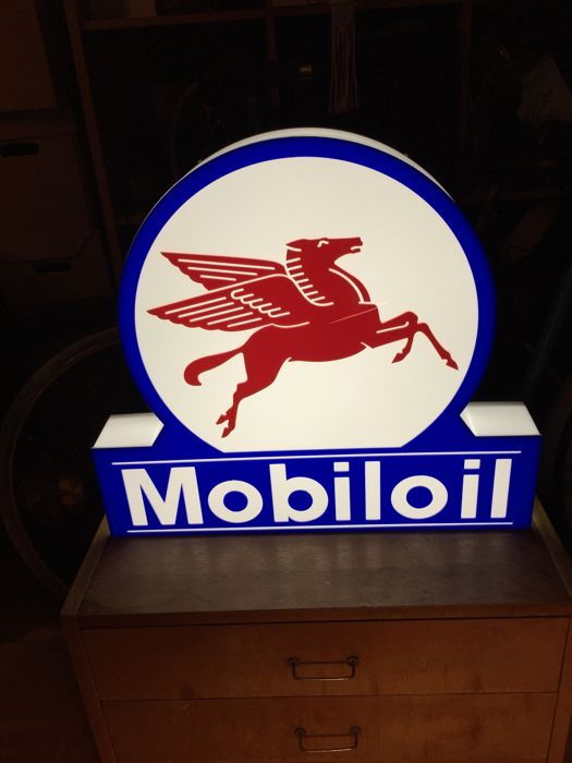 Decoratief object - Rare Mobil Oil  lamp decorative lightbox licht advertising - 2015-2017