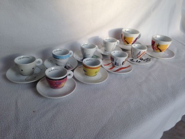 Cups and saucers (10) - Ceramic
