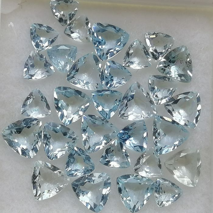 30 pcs  Aquamarine - 3.84 ct