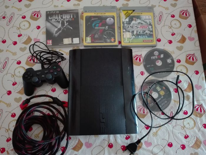 Sony - Playstation 3 Super Slim  12Gb + 1 Pad + 5 Games - Senza scatola originale Computer usato