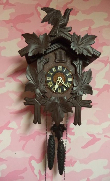 Cuckoo clock - Wood - First half 20th century