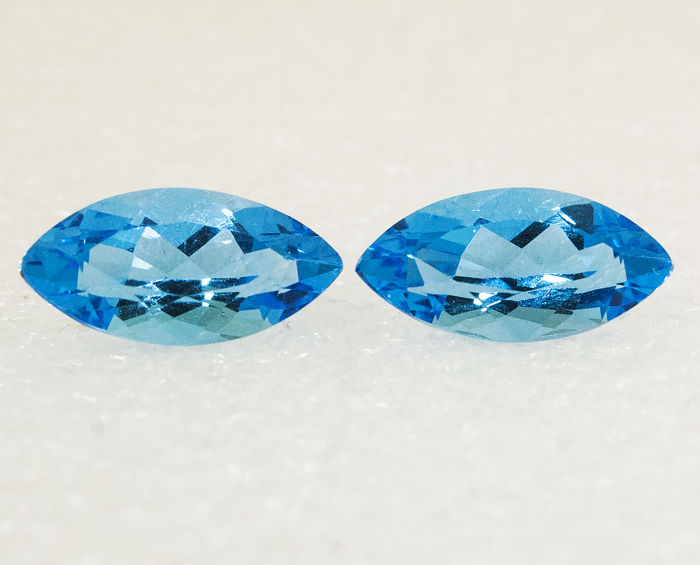 2 pcs Intence blauw Topaas - 7.16 ct