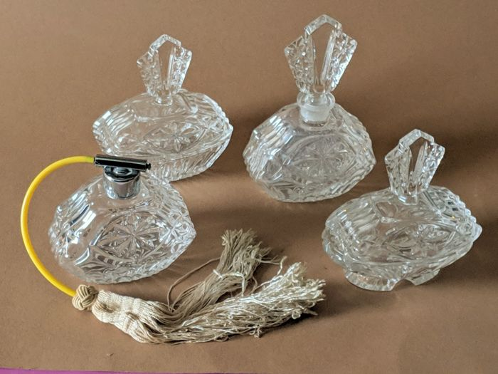 finest selection 31a6d 8cefd Art Deco Bohemian clear crystal dressing table set - Set of 4 ...