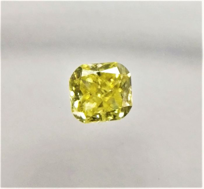 Diamant - 0.21 ct - Cushion - fancy intens yellow - SI2