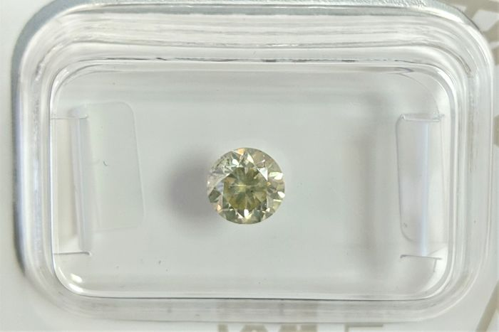 Diamond - 0.57 ct - Brilliant - Yellow - No Reserve Price, SI3