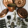 Kitchen Collectables Auction (Chocolate & Pudding Molds)