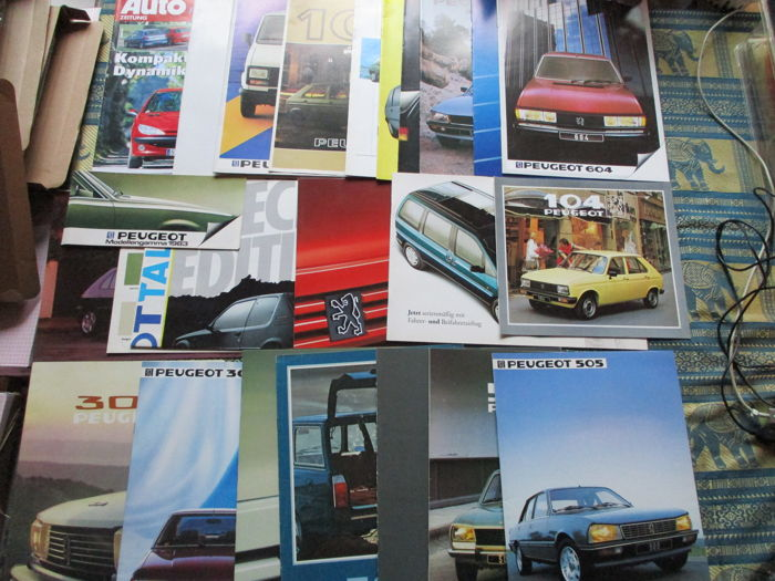 Brochures / Catalogi - Peugeot, including 104/305/504/505/604 - 1978-1995 (23 items)