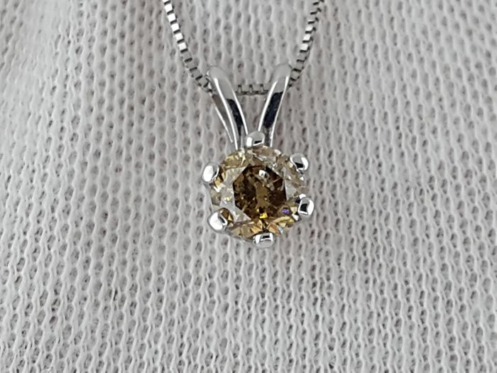 Necklace, Necklace with pendant, Pendant - Gold, White gold - Commonly treated - 0.68 ct - Diamond