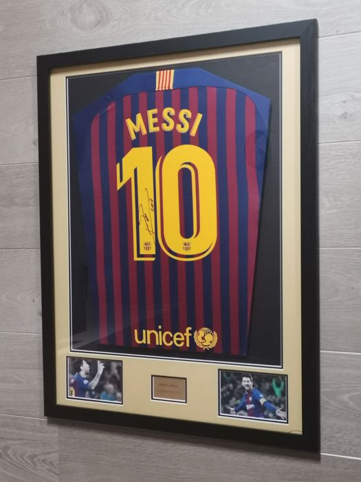 FC Barcelona - Spaanse voetbal competitie - Lionel Messi - 2018 - Jersey(s)