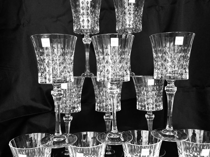 "12 facet cut clear crystal wine glasses ""Lady Diamond"""
