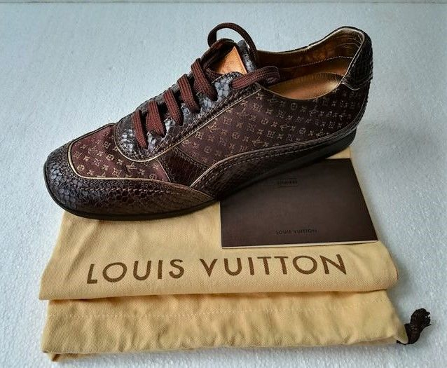 Louis Vuitton - Limited Edition Satin&Leather Sneakers