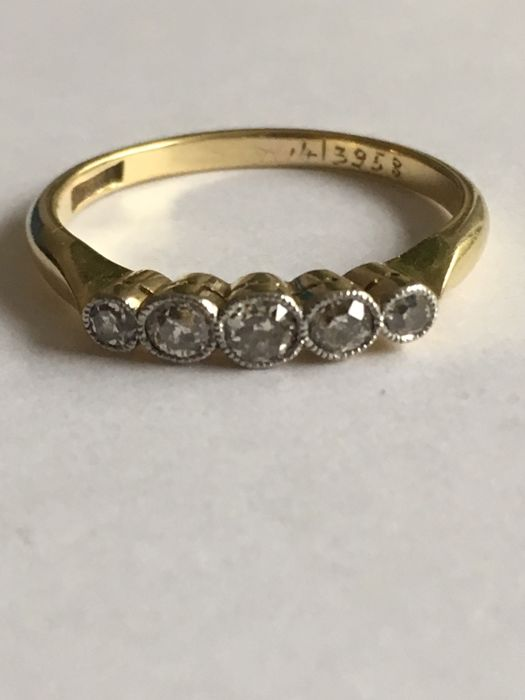 18 kt. Gold - Ring - 0.10 ct Diamond - Diamond