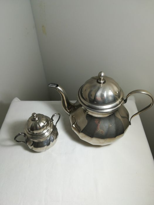 Large teapot and sugar bowl in Silver Plated - 2 - .1000 silver - Italy - 1950-1999