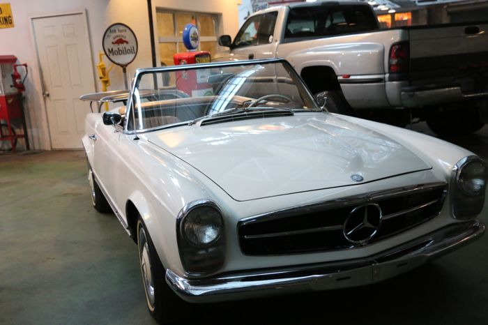 Mercedes-Benz - 230 SL - 1964